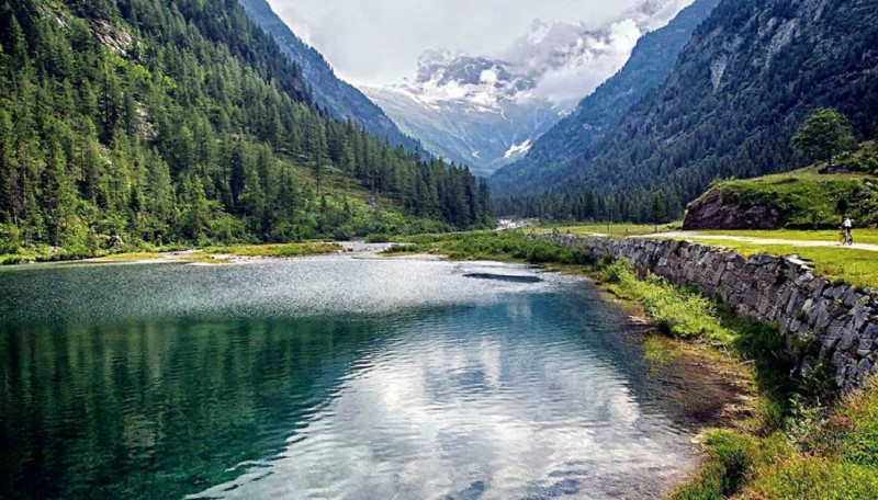 il lago delle fate