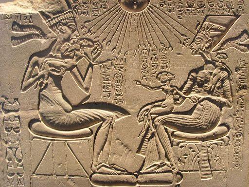 Akhenaten e nefertiti
