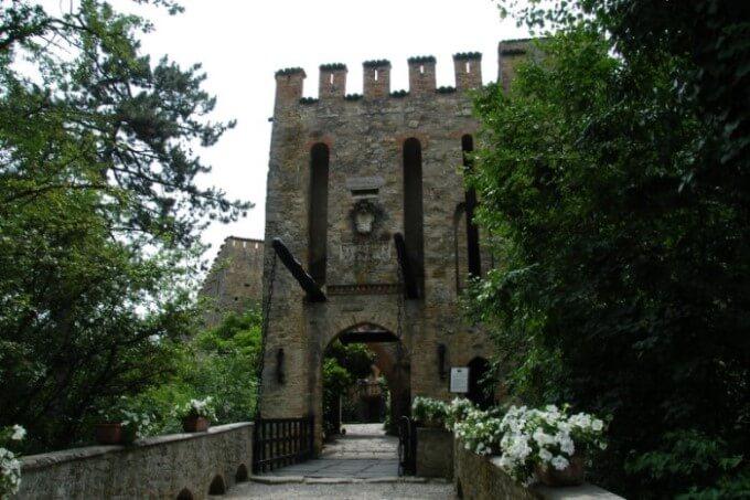 gropparello castello